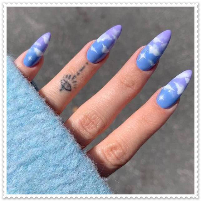 Cloud-Nails-for-summer